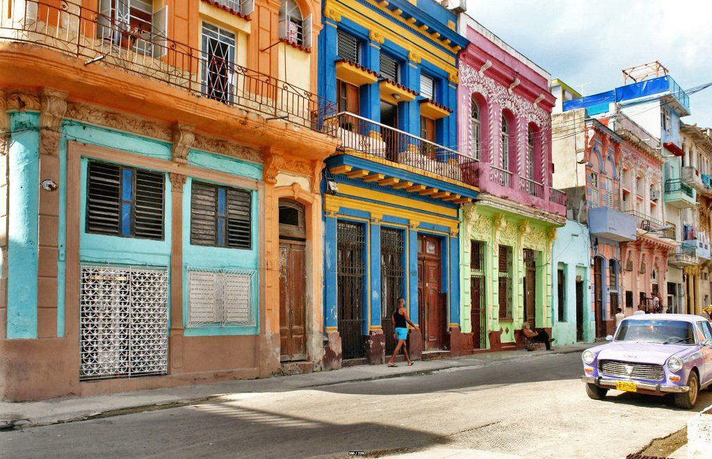 Cuba-Havana-bil-gammel-bydel