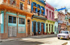 På en rejse til Cuba skal du se den gamle by i Havana