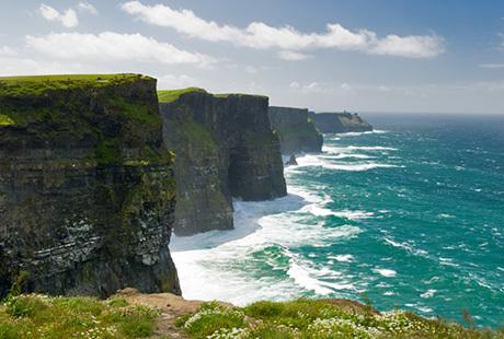 Vi tilbyder rejser til Irland og Dublin og Nordirland og Belfast. Rundrejser med dansk rejseleder, vandretur eller kør-selv ferie.