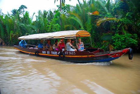 Ferie i Vietnam har så uendeligt meget at byde på. Vi har sat de bedste rejser til Vietnam sammen for dig. Se de mange rundrejser her. Vi har også badeferie.