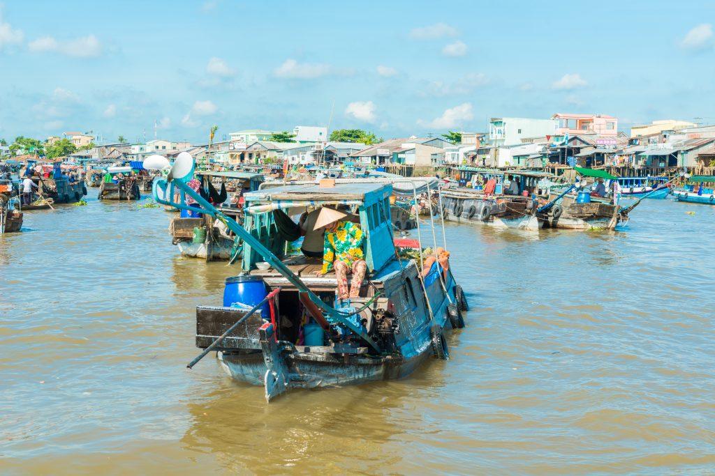 På en rejse til Vietnam bør du opleve Cai Rangs flydende marked