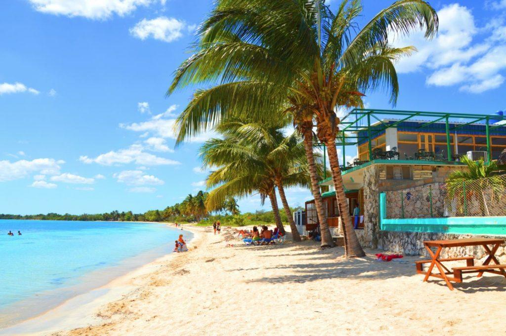 Rejse til Cuba for singler - Lækker kultur og badeferie