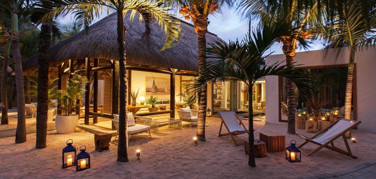 Mauritius-pointe-aux-biches-mauritius-reception-outdoor