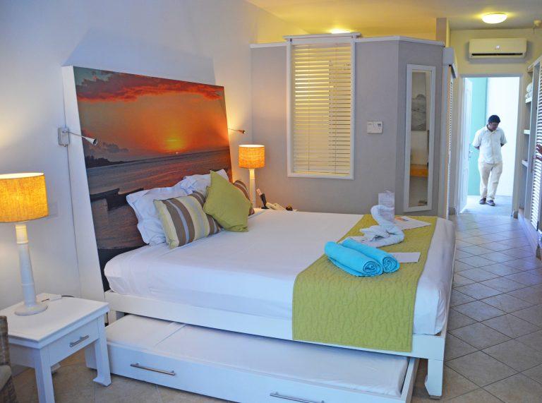 OK-Mauritius-GrandBaie-Comfort-Room