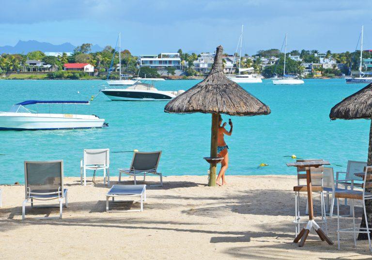 OK-Mauritius-GrandBaie-Udsigt-over-lagune-med-strand