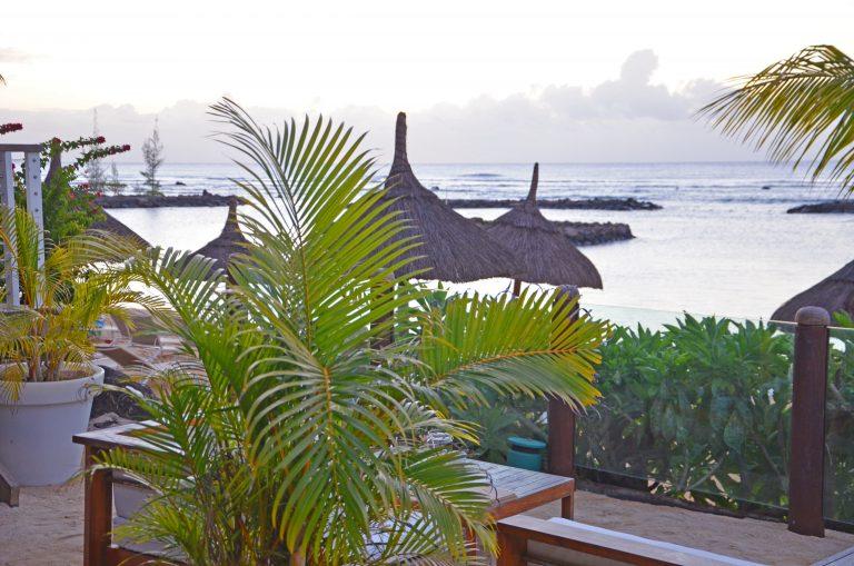 OK-Mauritius-Hotel-Pointe-aux-Biches-Lounge-tusmørke