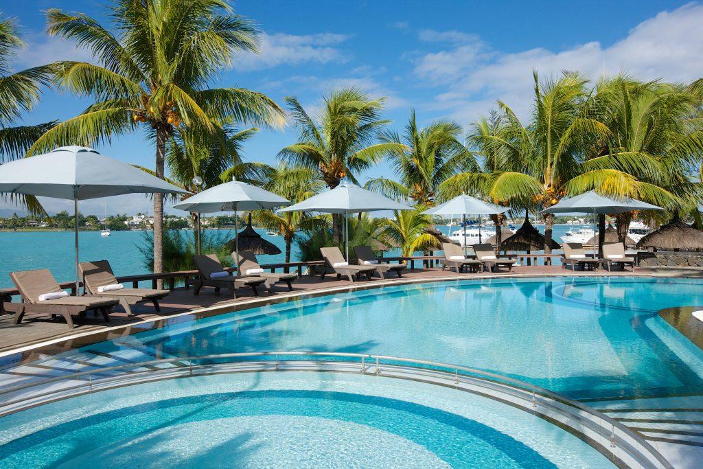 Hotel Grand-Baie har lækre poolområder til børn og voksne