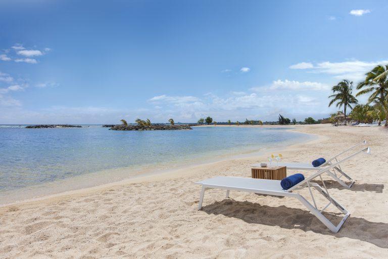 Hotel Pointes aux Biches har en lækker privat strand med udsigt