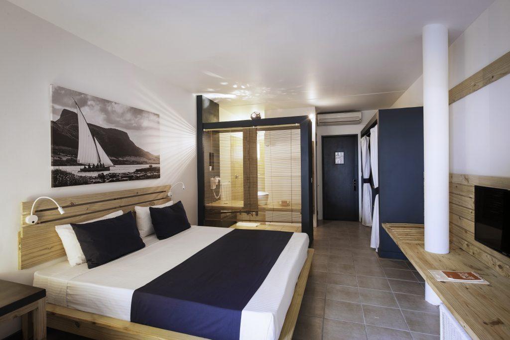 Hotel Pointes-aux Biches' værelser er alle moderne med et lokalt strøg