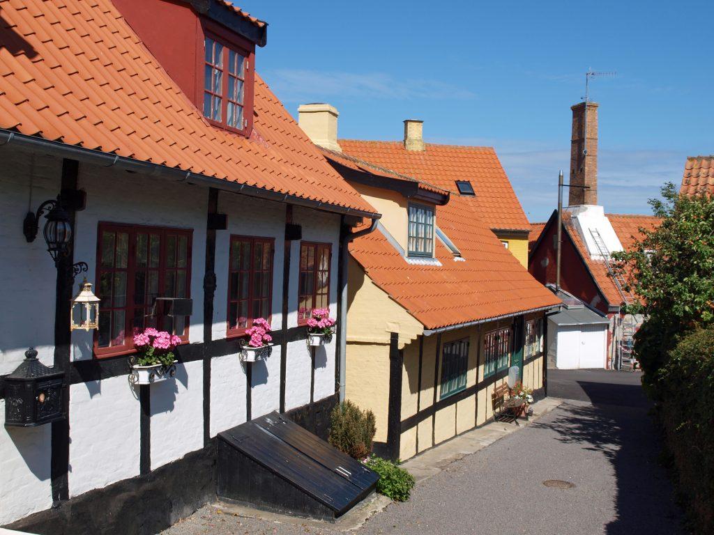 På rejser til Bornholm skal du se smukke Sandvig