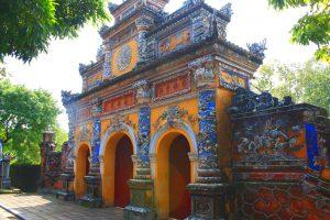 På rundrejse i Vietnam for singler ser vi også kejserbyen Hué
