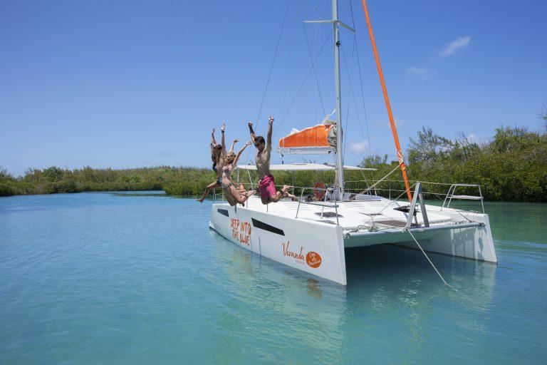 På rejser til Mauritius er der alle muligheder for vandsport