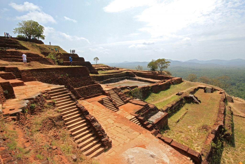På en rejse til Sri Lanka ser du også Sigirya Rock-fæstningen