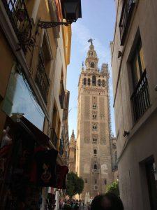 På en rejse til Sevilla er der masser af ting at se