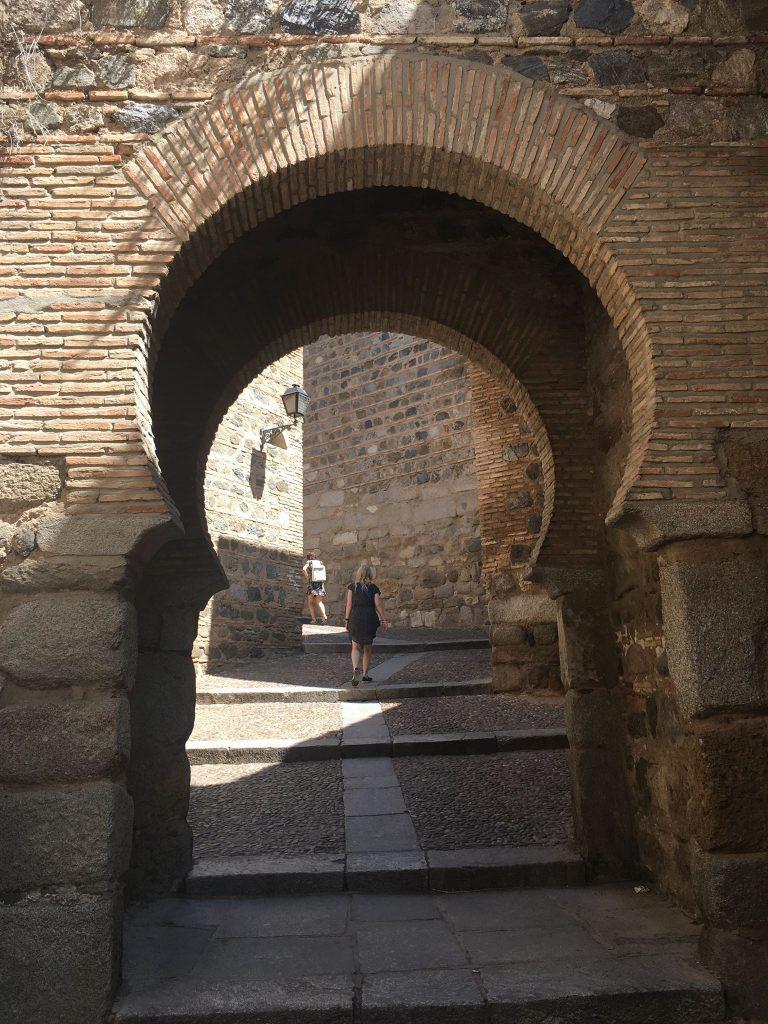 På en rejse til Madrid kan du også se Toledo
