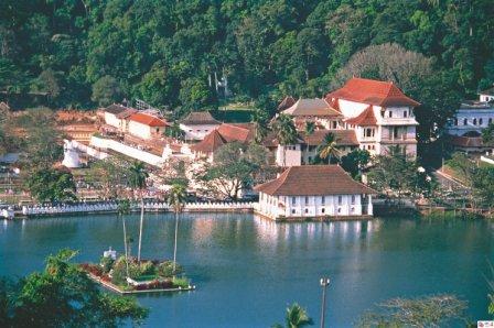 Templet for Buddhas hellige tand ligger i Sri Lanka