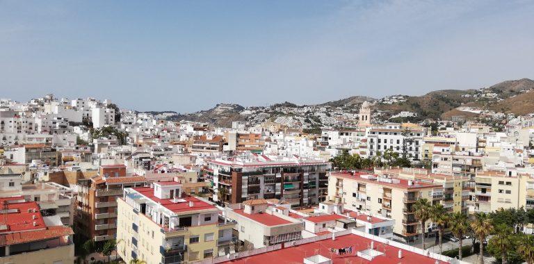 almunecar-spanien-byen