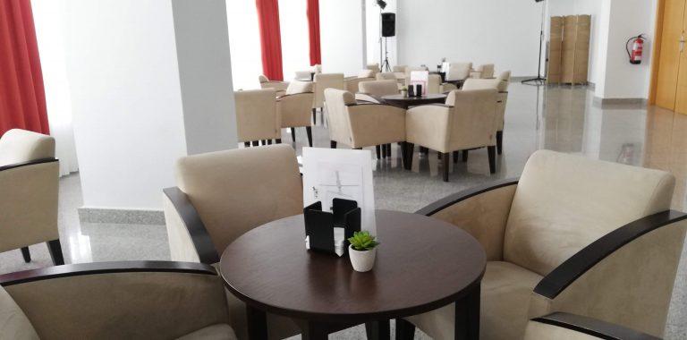 almunecar-spanien-byen-lobby