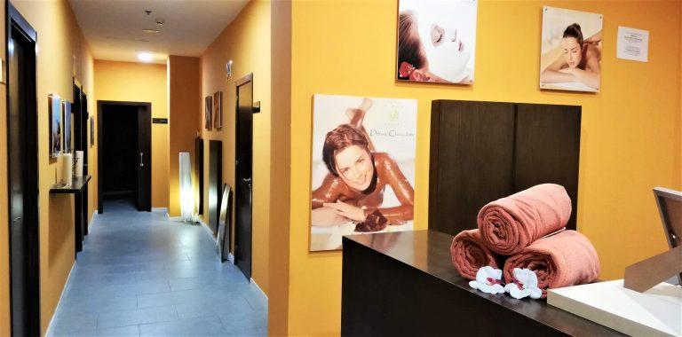 På singlerejse til Almuñecar kan du bruge Hotel Bahia Almuñecar's spa