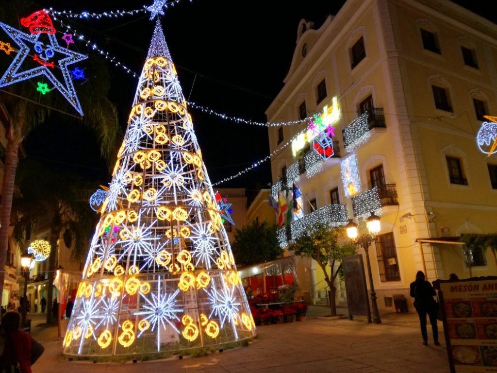 spanien-Almuñecar-singlerejse-Jul-byen
