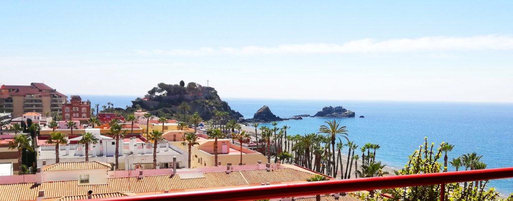 Juleferie for singler i Spaniens Almuñecar med strand