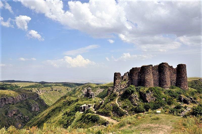 På rejser til Armenien kan du se Amberd-fæstningen