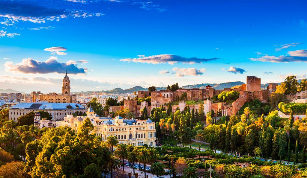 Langtidsferie i Sydspanien. Tag på udflugt til Malaga
