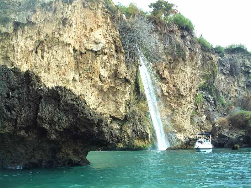 Langtidsferie i Sydspanien. Se vandfaldene ved Maro