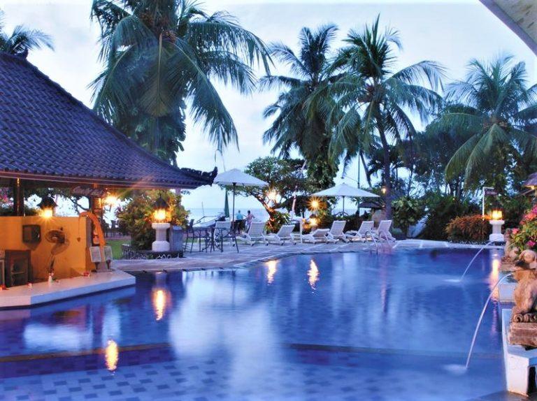 Bali-Aneka-Lovina-Villas-Spa-RED