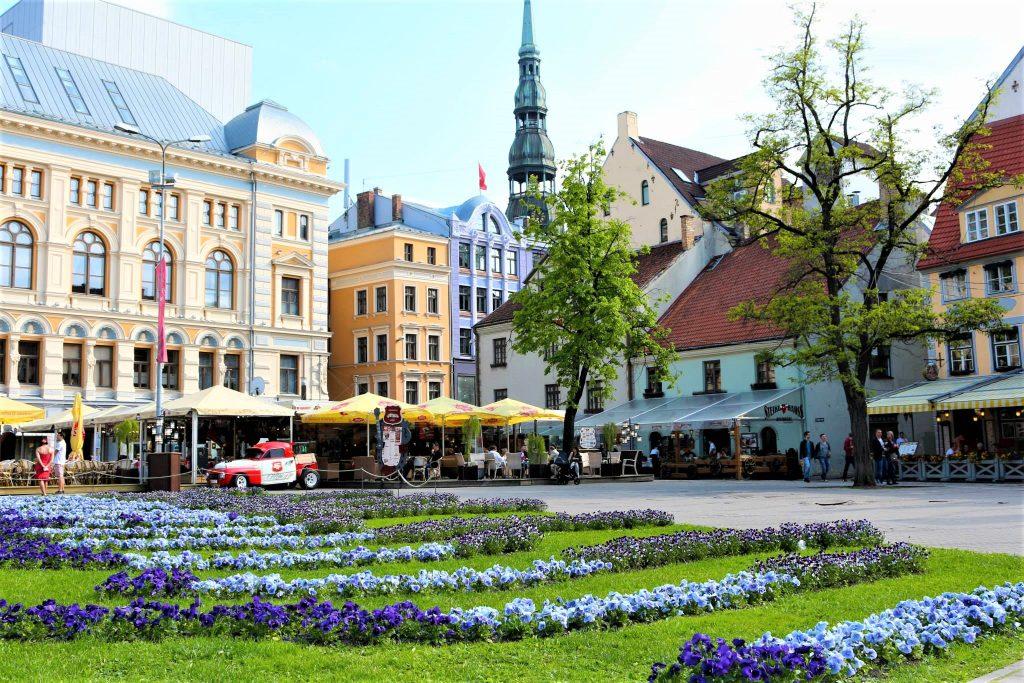 På en rejse til Riga i Letland ser du hyggelige pladser