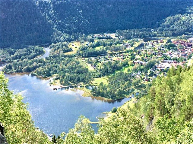 En rejse til Dalen i Norge er en rejse smuk norsk natur