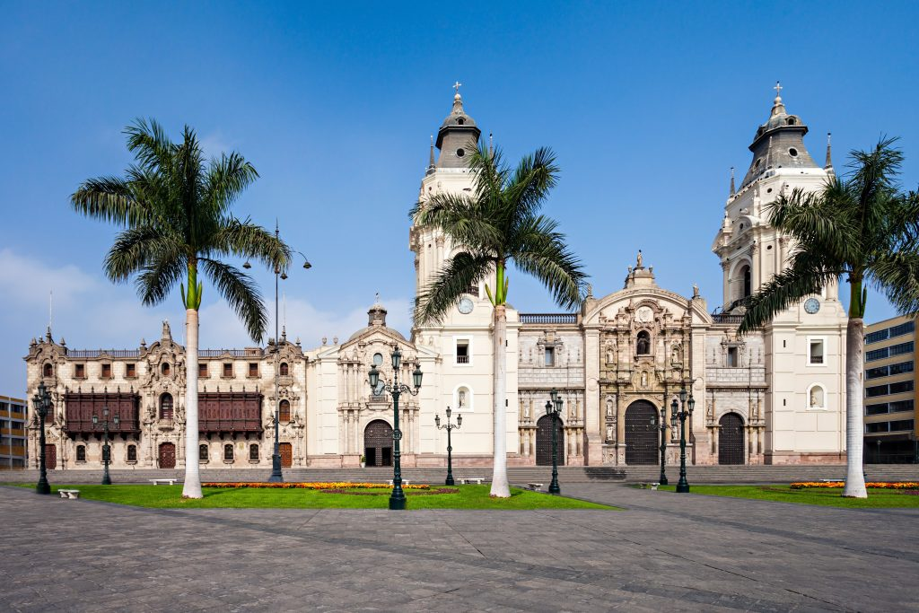På en rejse til Peru ser du Lima