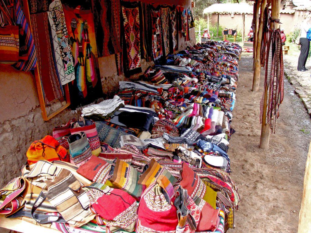 På en rejse til Peru ser du mange markeder