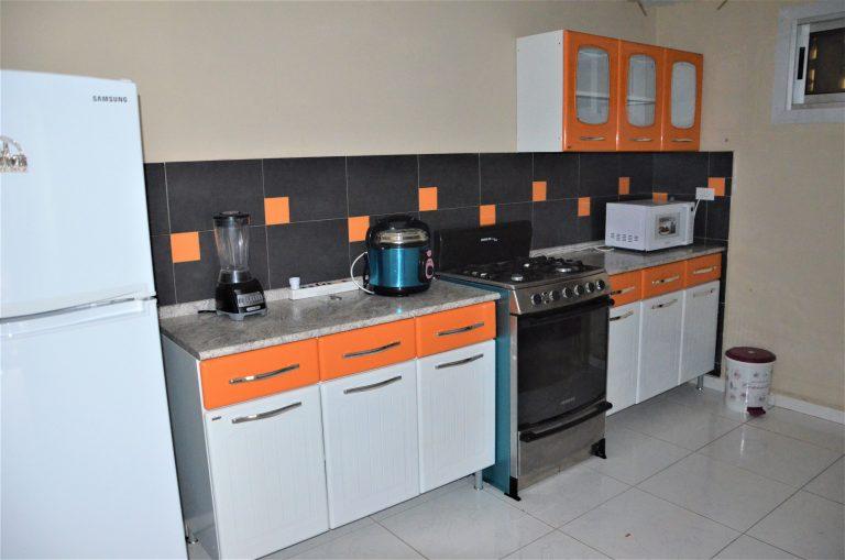 Køkkenet i lejligheden til langtidsferie i Cuba