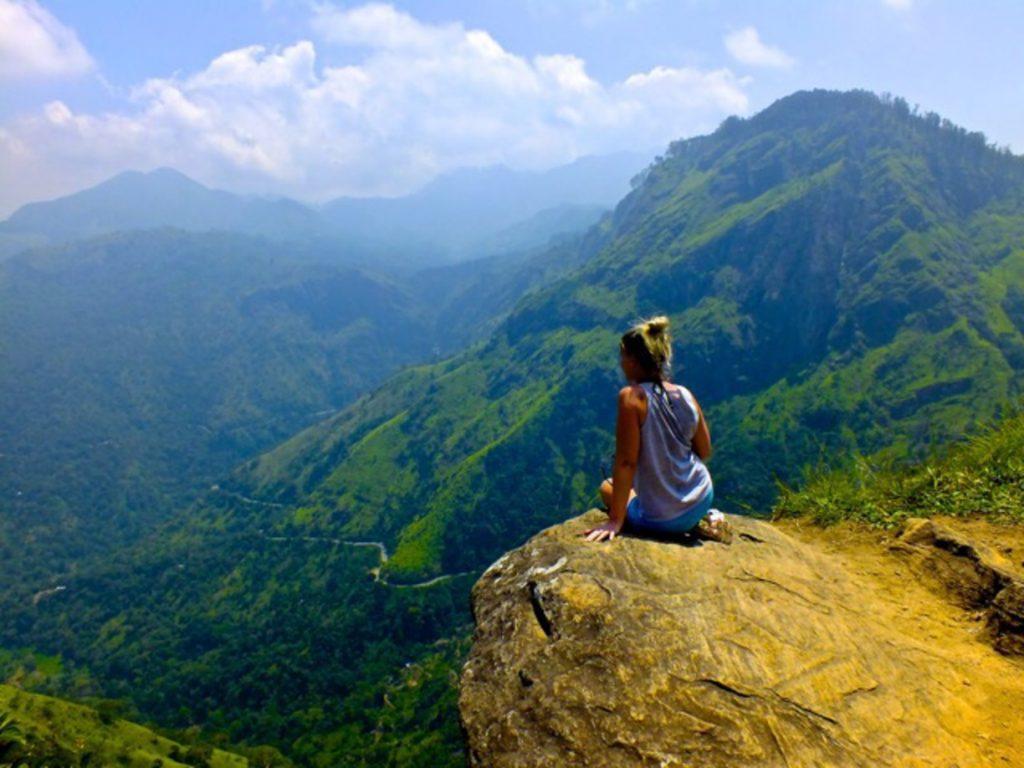 Rejser-til-Sri-Lanka-Climb-Little-Adams-Peak