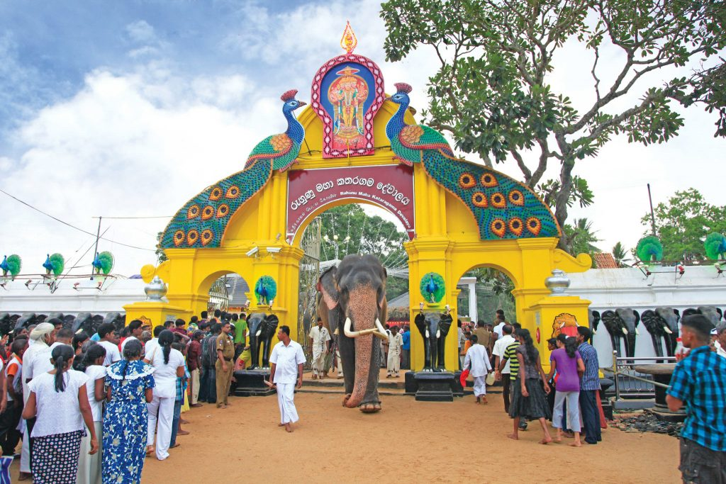 På en rejse til Sri Lanka oplever I flere templer på rejsen